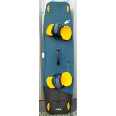 planche f.one trax hrd carbone 136 X 40.5 2020 Complète (TEST B)