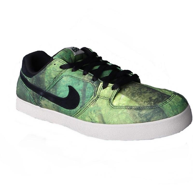Nike 06 Melee Gorge green black sneakers